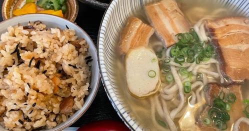南新宿で沖縄料理ランチ
