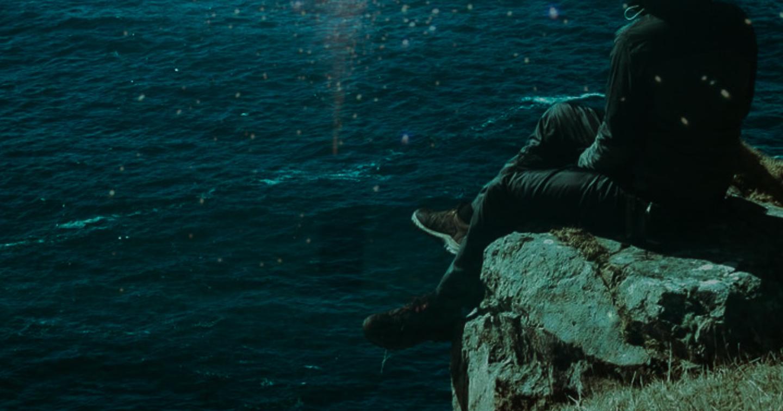 """『運命さえも超える恋』 ー離れて生きる男側の感情ー 《ブルー・ドロップ """"BLUE DROP版""""》"""