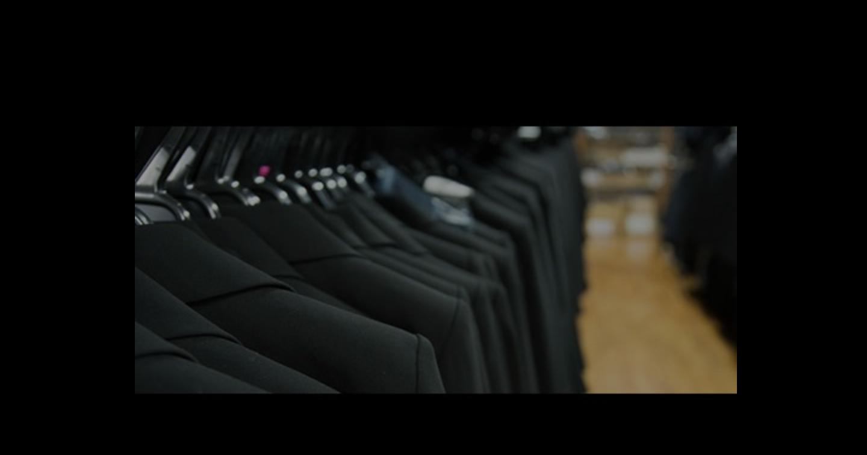 レディースの礼服を比較【人気】ブラックフォーマル6選!